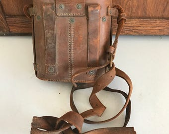 1917 leather binocular case