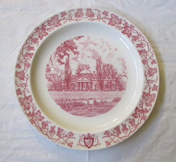 "1956 Wedgwood Thomas Jefferson 10"" MONTICELLO Plate, Pink Grapevine Rim"