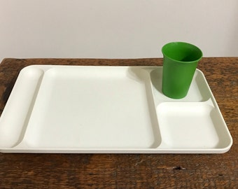 Vintage Tupperware Divided Lunch or Dinner Tray in Almond 1535 / Kids TV Tray / Tupperware Tray / Lunch Tray