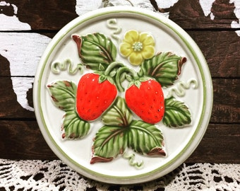 Vintage Strawberry Wall Hanging Decoration - Made in Japan