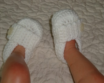 Crocheted Baby Loafers, Shoes, Booties, size 0-6 months, Ready to Ship.