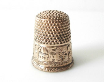 Antique Gold Filled Thimble With Scene