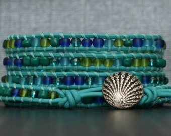 sea shell bracelet - beaded leather wrap bracelet - sea glass blue and green seed beads on turquoise leather - aqua cobalt - beach jewelry