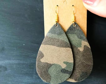 Camo Leather Teardrop Earring, leather statement earring, camo leather earring