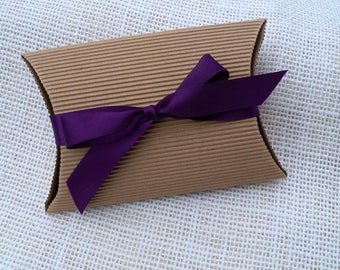 Kraft pillow boxes with ribbon, set of 5