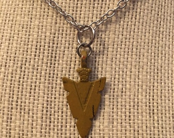 "16"" Mustard Arrowhead Necklace"