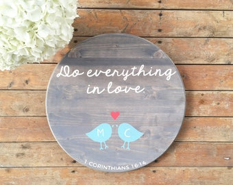 Hand painted wood sign | Round wooden sign | Do everything in love | Wood wall decor | wedding sign | wedding gift | custom sign