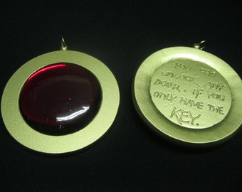 Brisby and the secret of Nymh - pendant
