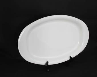 Centura Coupe White Platter from Corning