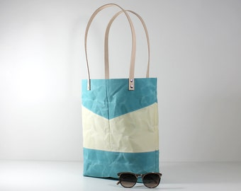 Blue Waxed Tote, Waxed Canvas Tote, Blue Wax Canvas Bag, Tote Bag, Shoulder Bag, Blue Beach Bag, Market Bag, Everyday Bag, Beach Tote