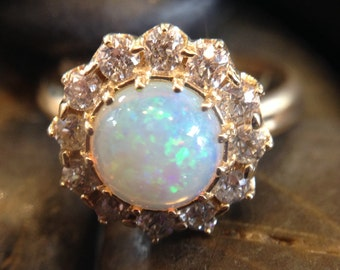14K Yellow Gold Opal and Diamond Ring (st - 1854)