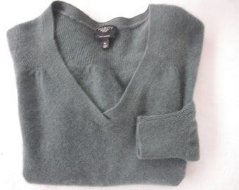 SUNDAY SALE    -   Talbots Teal Cashmere  Sweater