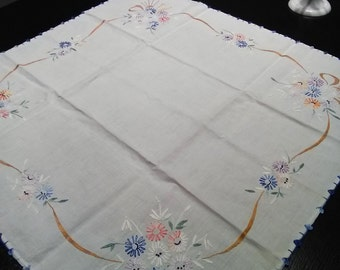 Vintage White Cotton Tablecloth. Embroidered Table Cloth. Swedish Vintage  1960s.