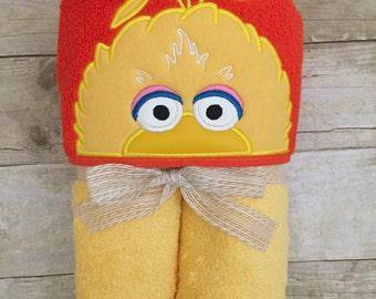 Big bird hooded towel. Personalized hooded towel. Kids hooded bath towel.