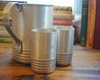 Vintage Aluminum Pitcher and 2 Cups/Retro/Vintage Kitchen/Camping
