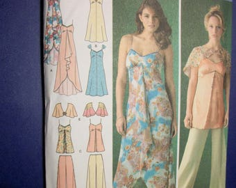 Simplicity 4174 Misses Size H5 6-8-10-12-14 dress in two lengths or top, pants and capelet