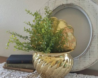 Brass wall Planter - Wall Pocket - Hanging Flower Planter