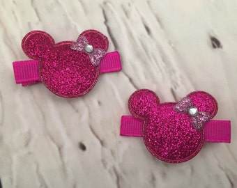 Minnie Mouse Hair clips, Set of 2 Hot Pink Hair Clips, Disney Hair clips, Mickey Mouse Hair clips, Disney Hairbow, Girl Hairbow