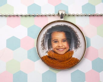 Custom Photo Necklace - Photo Jewelry - Antique Silver Necklace - Personalized Photo Pendant - Picture Necklace - 38 mm Circle