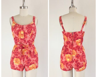 50s Hawaiian Kamehameha Swimsuit / 1950s Vintage Novelty Print Bathing Play Suit / Medium / Size 8