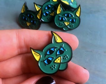 Mystic Kitty Enamel Pin