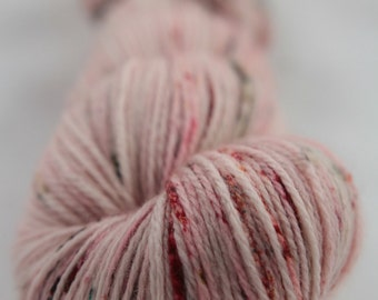 Hand-dyed yarn - superwash merino - speckles - sock yarn - dyed-to-order - SUCETTE