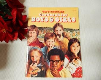 BettyCrocker's Cookbook for Boys and Girls