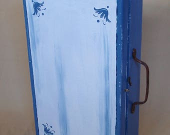 Small Hanging Cabinet, Medicine Cabinet, Bathroom Cabinet, shabby blue + white, (old Wooden Toolbox), 1920s)