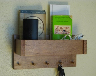 Key Holder with Storage Mail Organizer