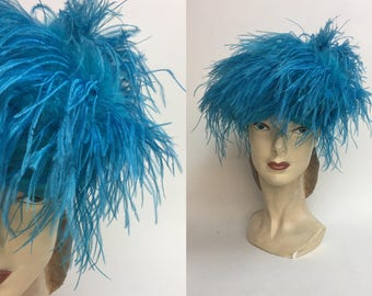 Vintage Blue Ostrich Feather Hat / 1960s Turban knit Hat