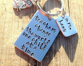 Teacher Valentines Gift, Unique Key Chain For Teachers, Paraprofessional  Gift, End Of The
