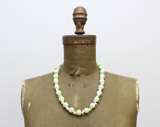 Cabbage Rose Beaded Necklace - Vintage 1950s White and Green Beaded Necklace