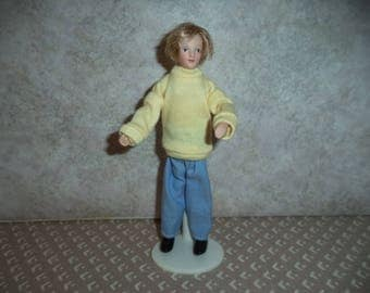 1:12 scale Dollhouse Miniature Modern Father Doll (Blonde)
