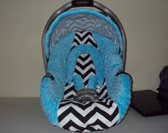 GRACO chevron car seat cover