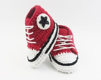 Red Baby Booties, Crochet Baby Converse Shoes, crochet baby booties, baby shoes, Crochet baby sneakers, for baby 0-3 , 3-6 months BB102