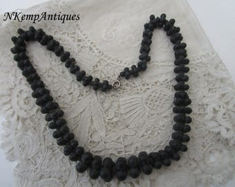 1920's  glass necklace French