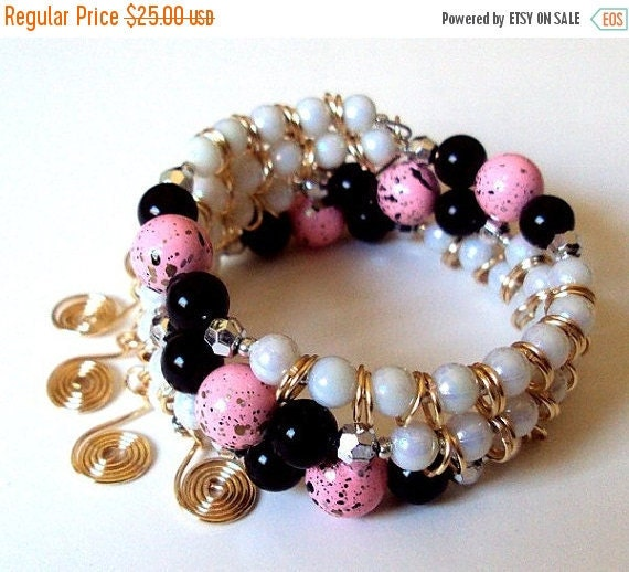 light pink black and white memory wire bracelet one by nezdesigns