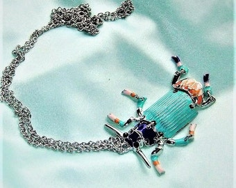 Long chain mint silver with trailer beetle necklace turquoise