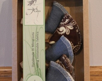 "Organic Cotton ""Wiz Caps"" Set of 5 - Blue and Brown Set"