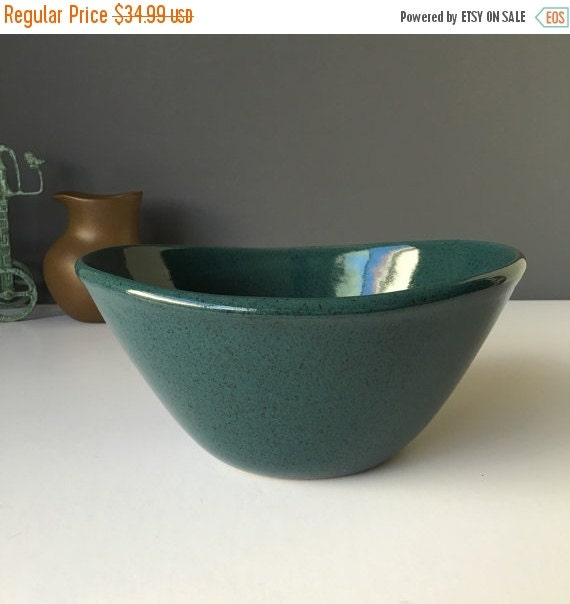 ON SALE 1950s Glidden Pottery, Dark Teal Speckled Serving Bowl, Style 417, Retro American Pottery