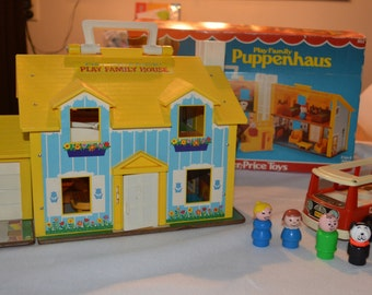 Vintage FISHER PRICE - play family - house  (952) - playset with box