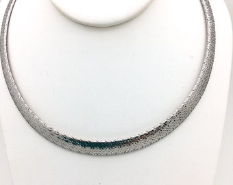 Bright Mesh Necklace