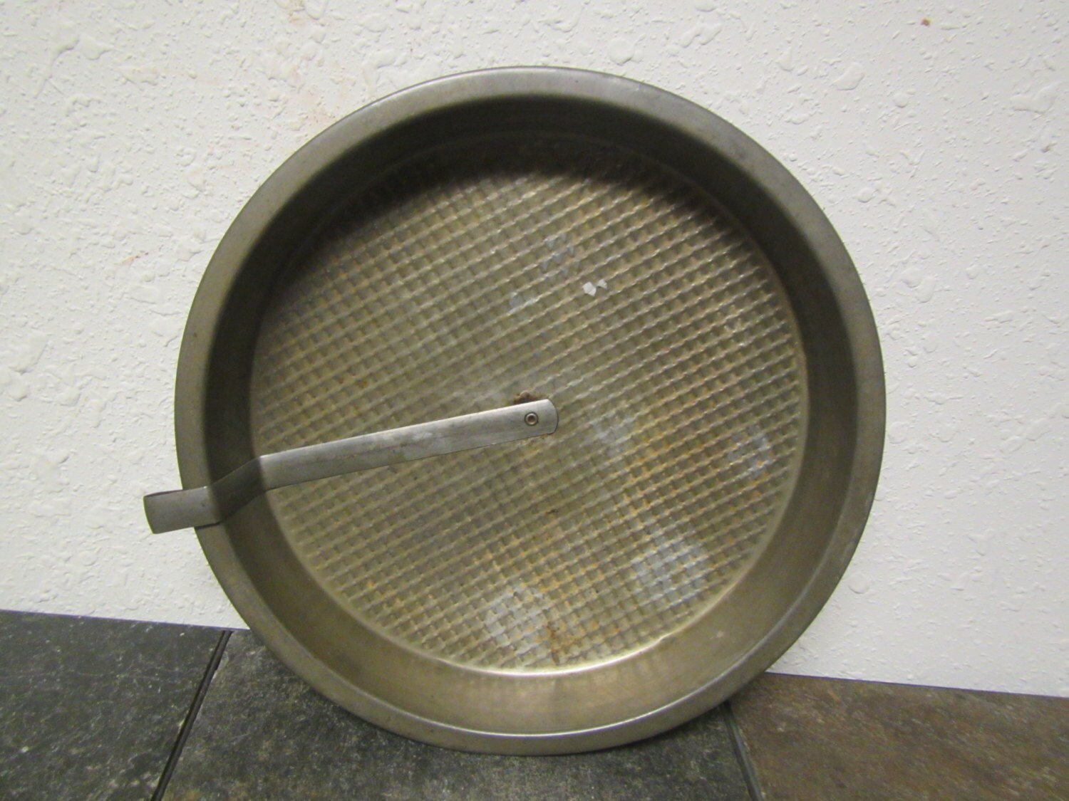 Vintage Textured Layer Cake Slider Baking Pan Round Cake