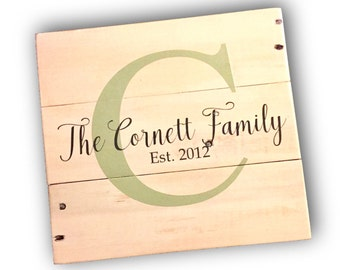 Family Name Sign, Last name wooden sign, Rustic wedding signs, Anniversary gift, bridal shower gift, wedding gift, custom pallet art