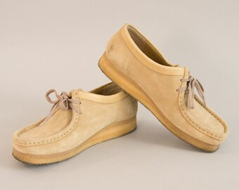 Clarks Wallabees - Vintage Light Tan Suede Chunky Square Toe Lace Up Shoes Wedge Gum Rubber Crepe Sole English Shoes Women's UK 7.5 US 9.5