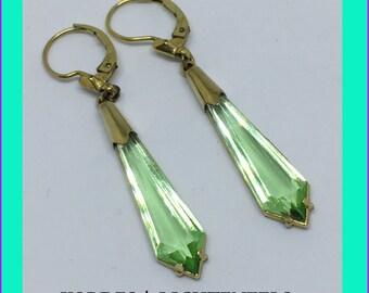 KORDES & LICHTENFELS Vintage Dangle Earrings Apple Green !