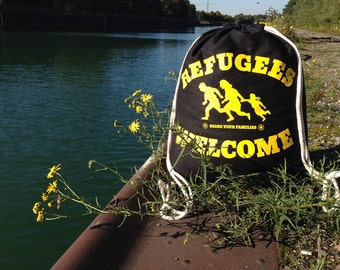 Refugees welcome - gym bags yellow