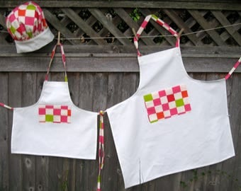 Matching Mother/Daughter/Grandmother Aprons and Chef Hats