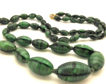 """Vintage Art Glass Italy Swirl Beads Excellent Green Malachite Color Women Oval Necklace 25.0"""" Long"""