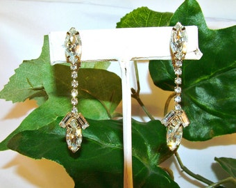 Vintage Juliana Sparkling Clear Rhinestone Clip Earrings